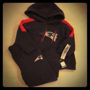 Kids NFL Patriots Sweatshirt and sweatpants set